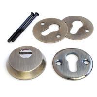 Броненакладка Apecs Protector Basic-AB предназначена для установки в двери металлические