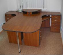 Офисная мебель столы