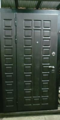 Дверь с полкой